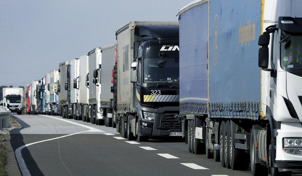 Kamióny v kolóne - Nemecko