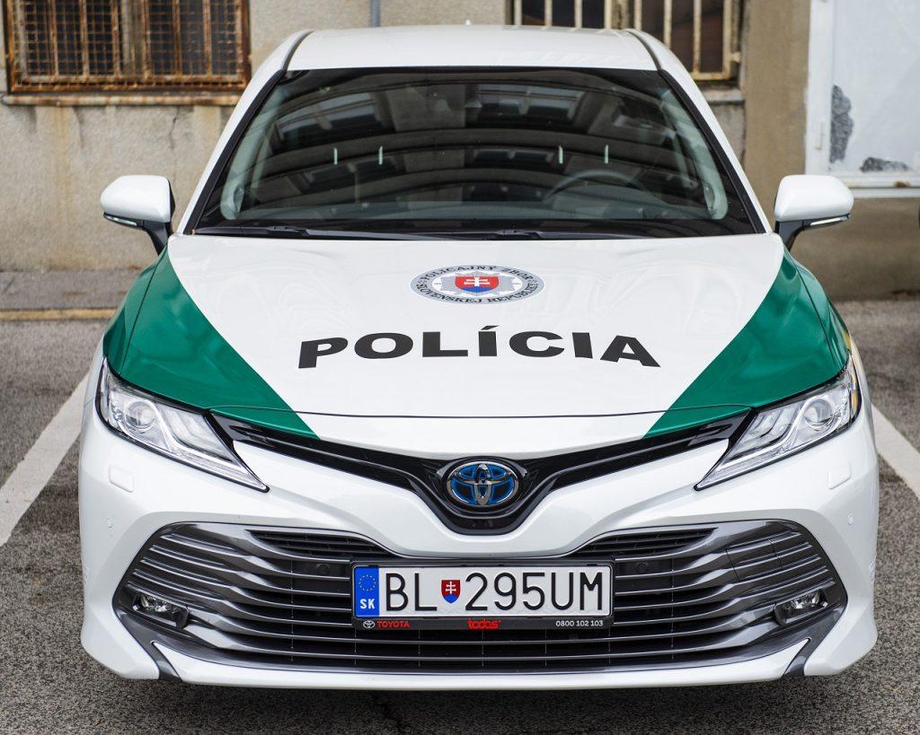 Polícia SR testuje hybridné vozidlá