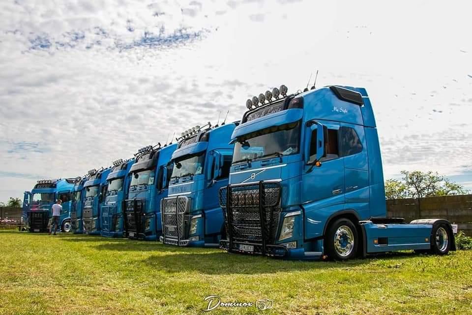 Kamióny spoločnosti Euroline